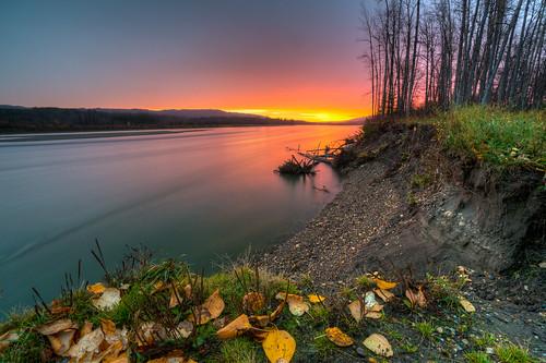 morning autumn sun canada fall nature water yellow sunrise river landscape focus long dof slow columbia sharp shutter british uwa