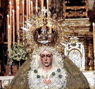 Virgen de la Macarena ®