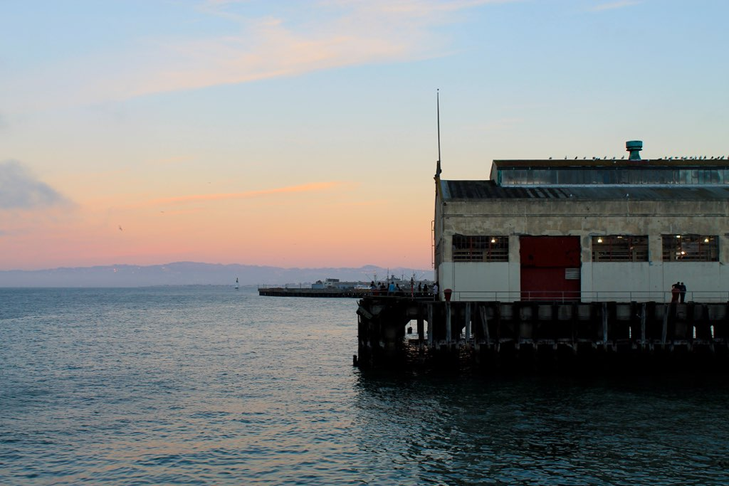 San Francisco sunset #travel via The Caffeinated Closet