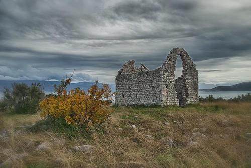 nikon ruins croatia d200 adriatic krk gazzda