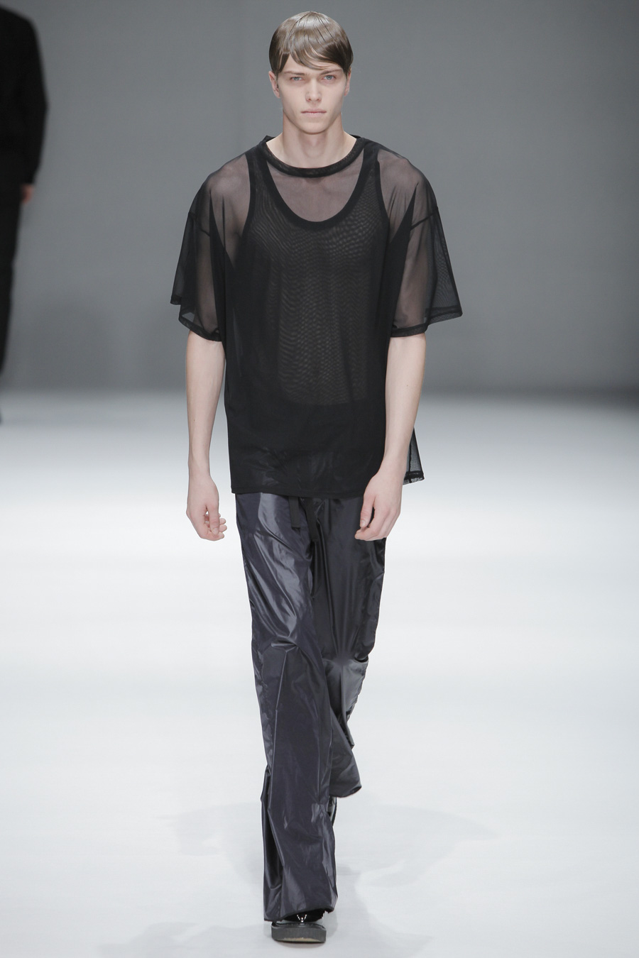 Jake Love3006_SS15 Tokyo DRESSEDUNDRESSED(apparelweb)