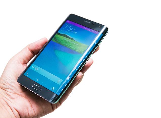 超美型曲面螢幕 Samsung Galaxy Edge 開箱 (1) @3C 達人廖阿輝