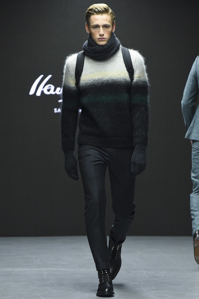 FW15 London Hardy Amies008_Tom Webb(VOGUE)