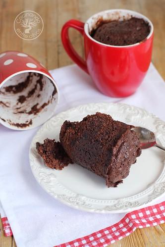 Bizcocho de chocolate a la taza. www.cocinandoentreolivos.com (2)