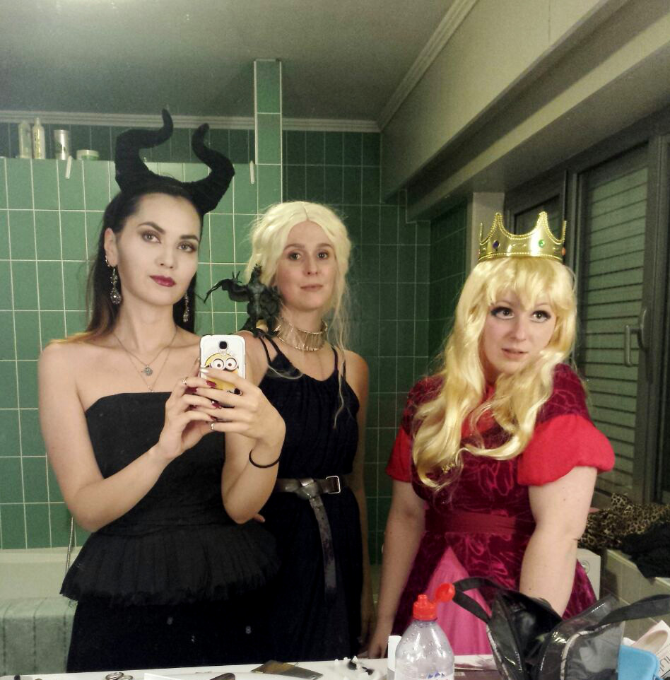 halloween costume  maleficent daenerys targaryen princess peach