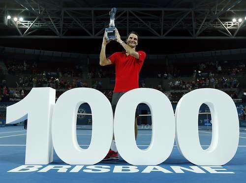 Ya sólo contar hasta mil lleva un tiempo, imaginen lo que es trabajar para ese número de victorias, dijo emocionado Roger Federer Foto Reuters