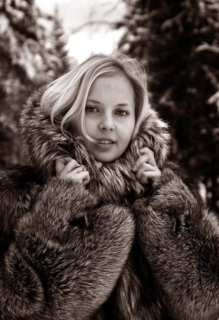 Blonde Teen In Fur Coat 91
