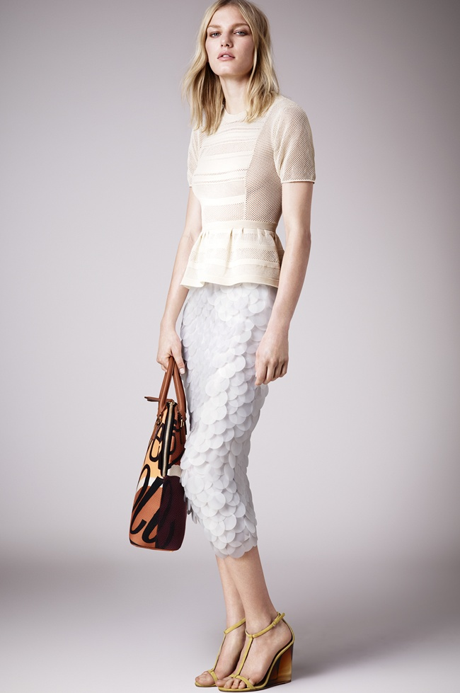 9 Burberry Prorsum Womenswear Spring_Summer 2015 Pre-Collection