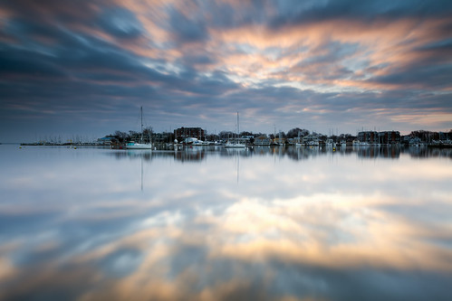 longexposure winter clouds sunrise reflections dawn morninglight maryland annapolis neutraldensity annapolisharbor singhray leefilters darylbenson rgnd glgl littlestopper spacreeksevernriver rulethree