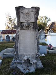 Woodmen of the World grave monument - Thomas Badeaux