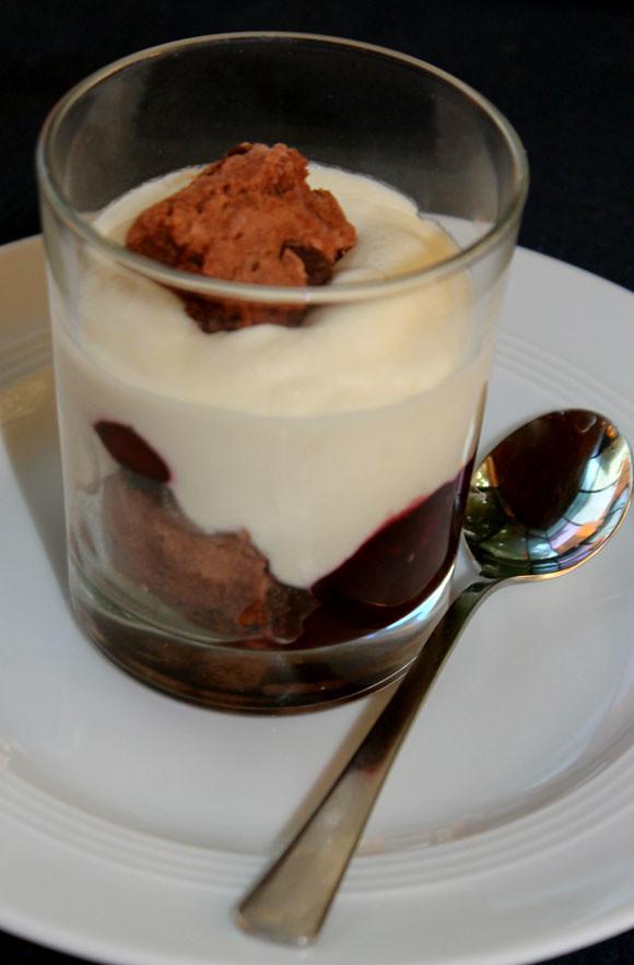 Weißes Schokoladen Tiramisu