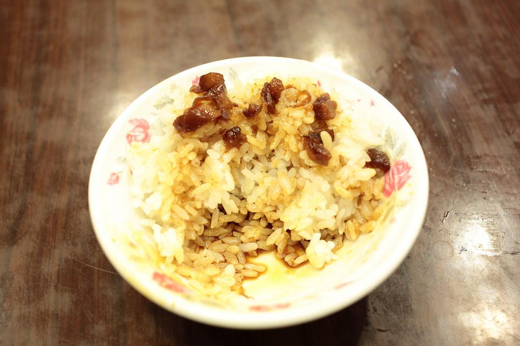 20141204萬華-何家排骨酥 (6)