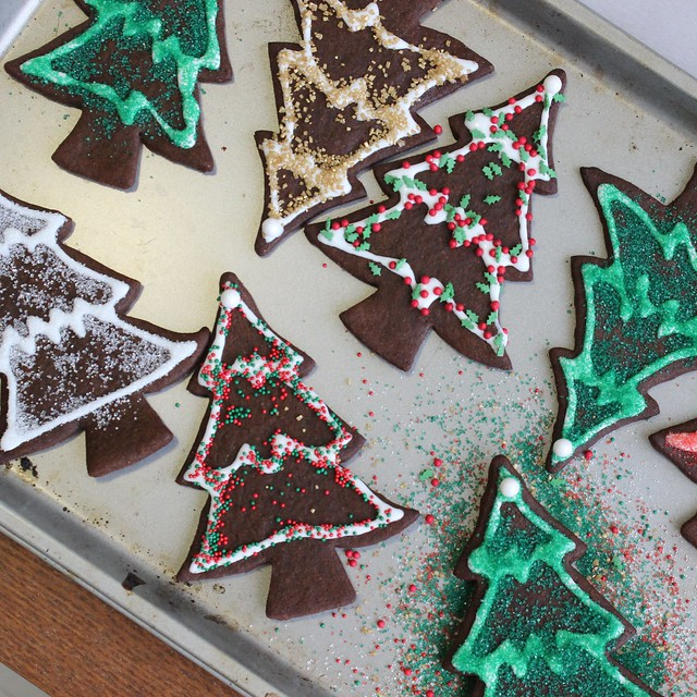 Snappy Gingerbread Cookies