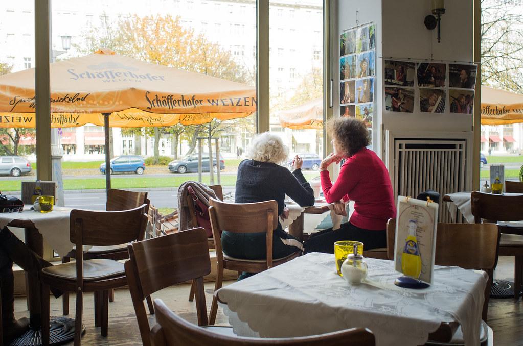 Berlin pauvre et sexy - Un thé au café Sybille