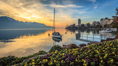 sunset boat montreux