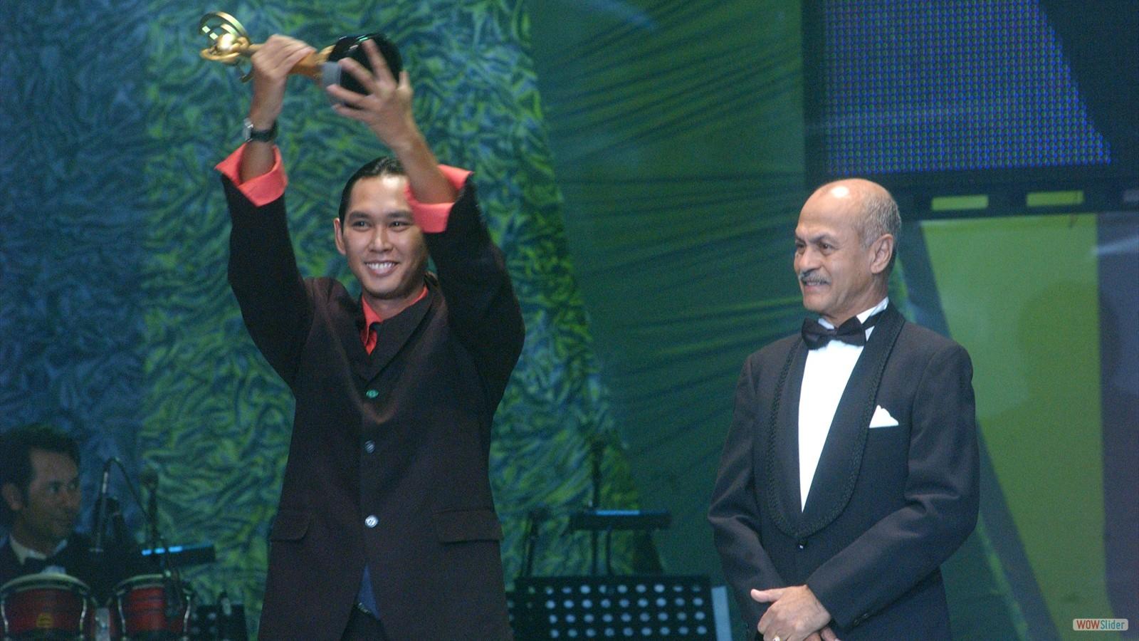Penyiar Versatil Radio Terbaik - Syaiful Bahrim (Rtm)  - Asa 2004