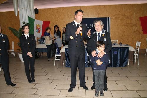 Il comandante della Capitaneria di Porto De Crescenzo e il primo maresc. De Girolamo