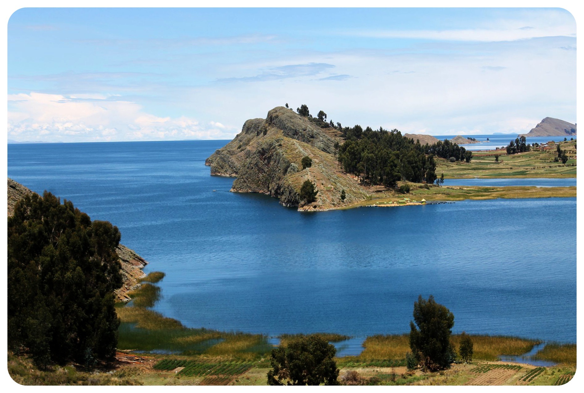 lake titicaca blue waters