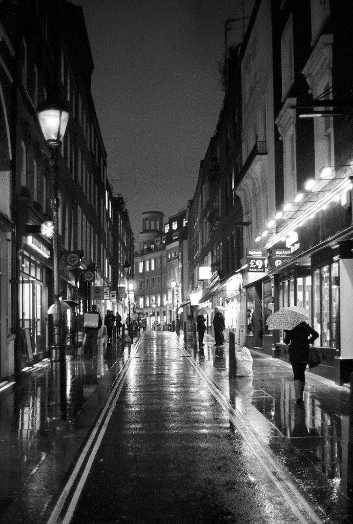 Rainy London Streets