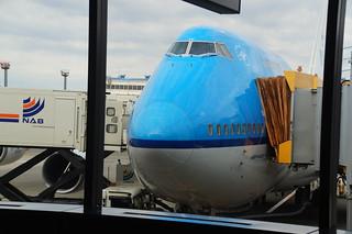 1 Vliegtuig naar Amsterdam