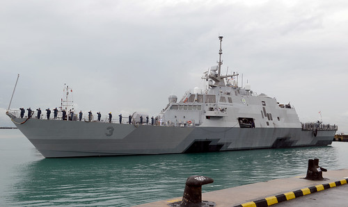 USS Fort Worth (LCS 3) Arrives in Singapore