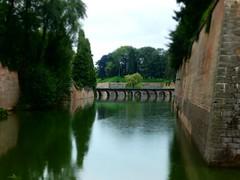 Moat - Photo of Raucourt-au-Bois