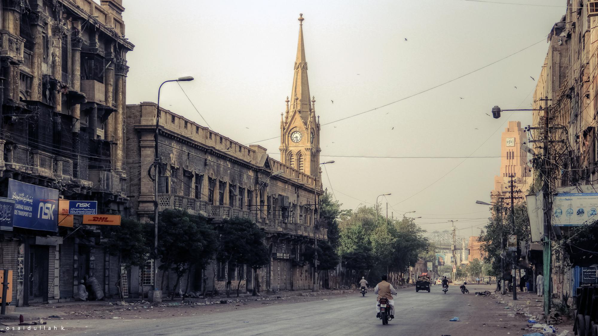 Dystopian Streets of Colonial Karachi [2000x1125] : CityPorn