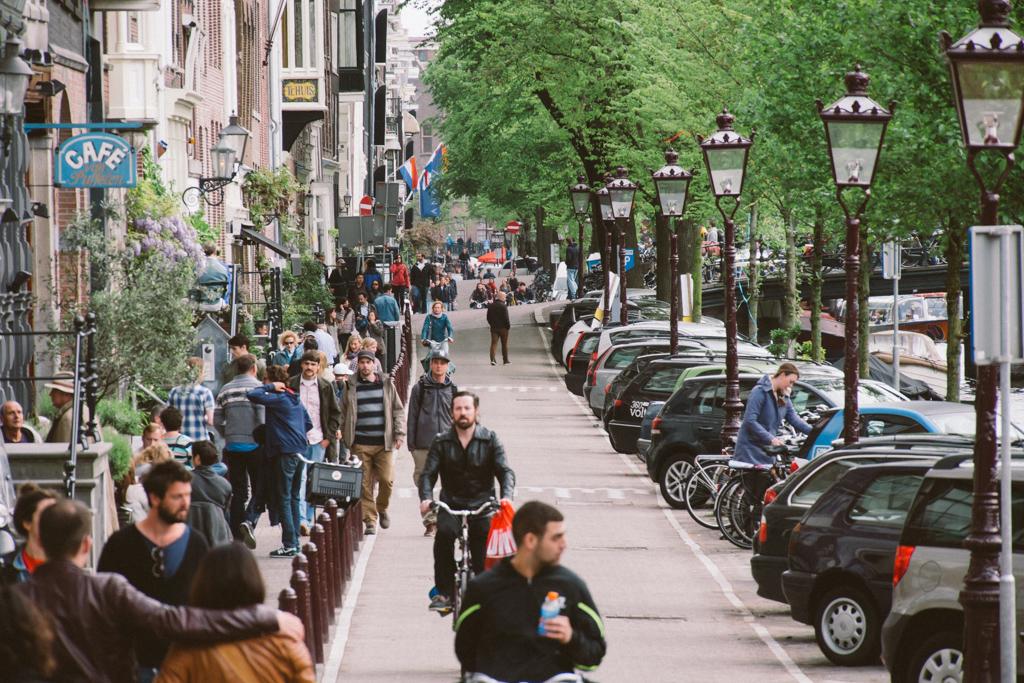 阿姆斯特丹 Amsterdam 踩單車 Amsterdam 踩單車 轆轆遊記。在 Amsterdam 踩單車的幾種路 15776873591 746efb9d13 b