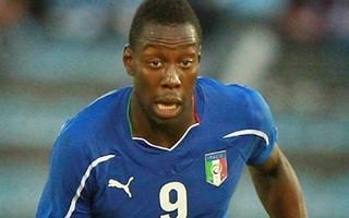 Okaka fa sorridere Conte: L'Italia batte l'Albania 1 a 0!