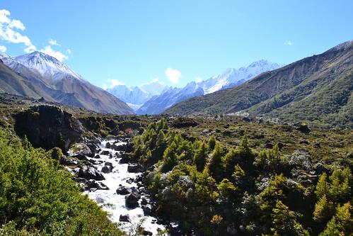 park nepal mountains trekking trek river landscape nationalpark high asia asien stream hiking altitude w berge national backpacking valley himalaya landschaft himalayas langtang lirung