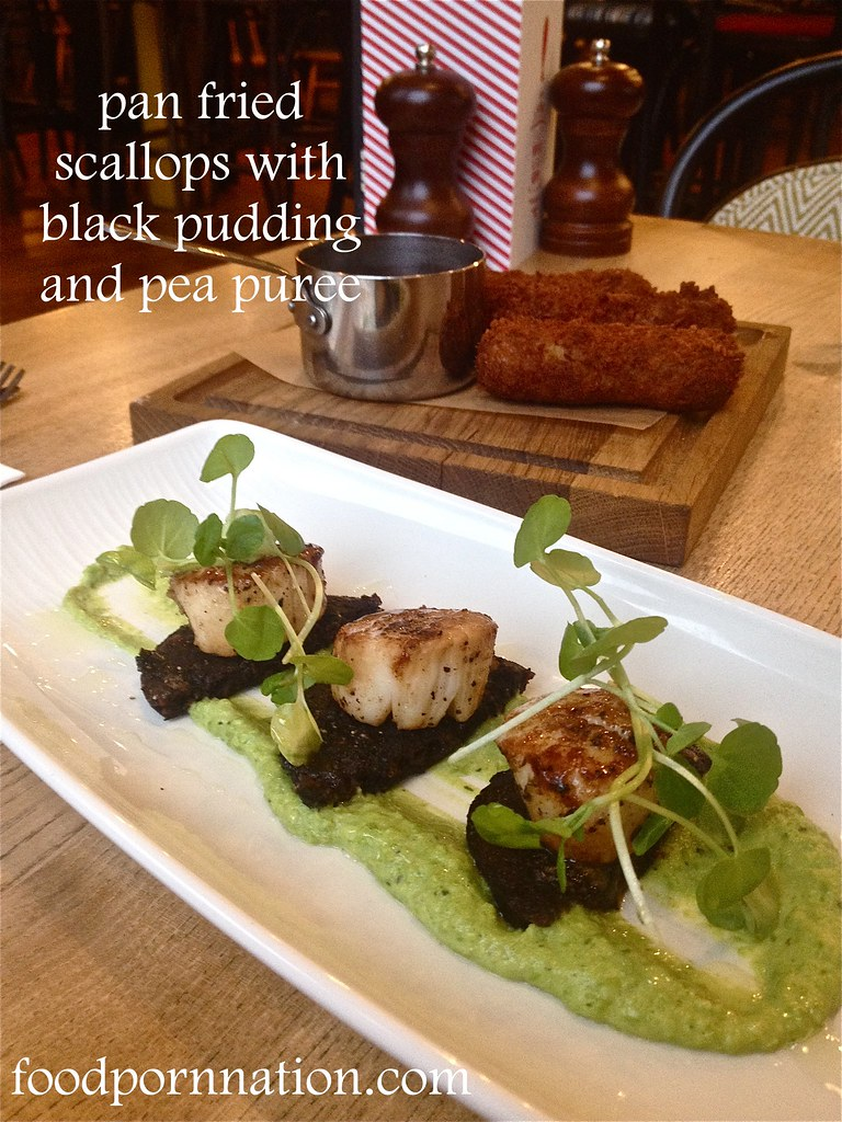 The Porchester - Pan fried scallops with black pudding and pea puree