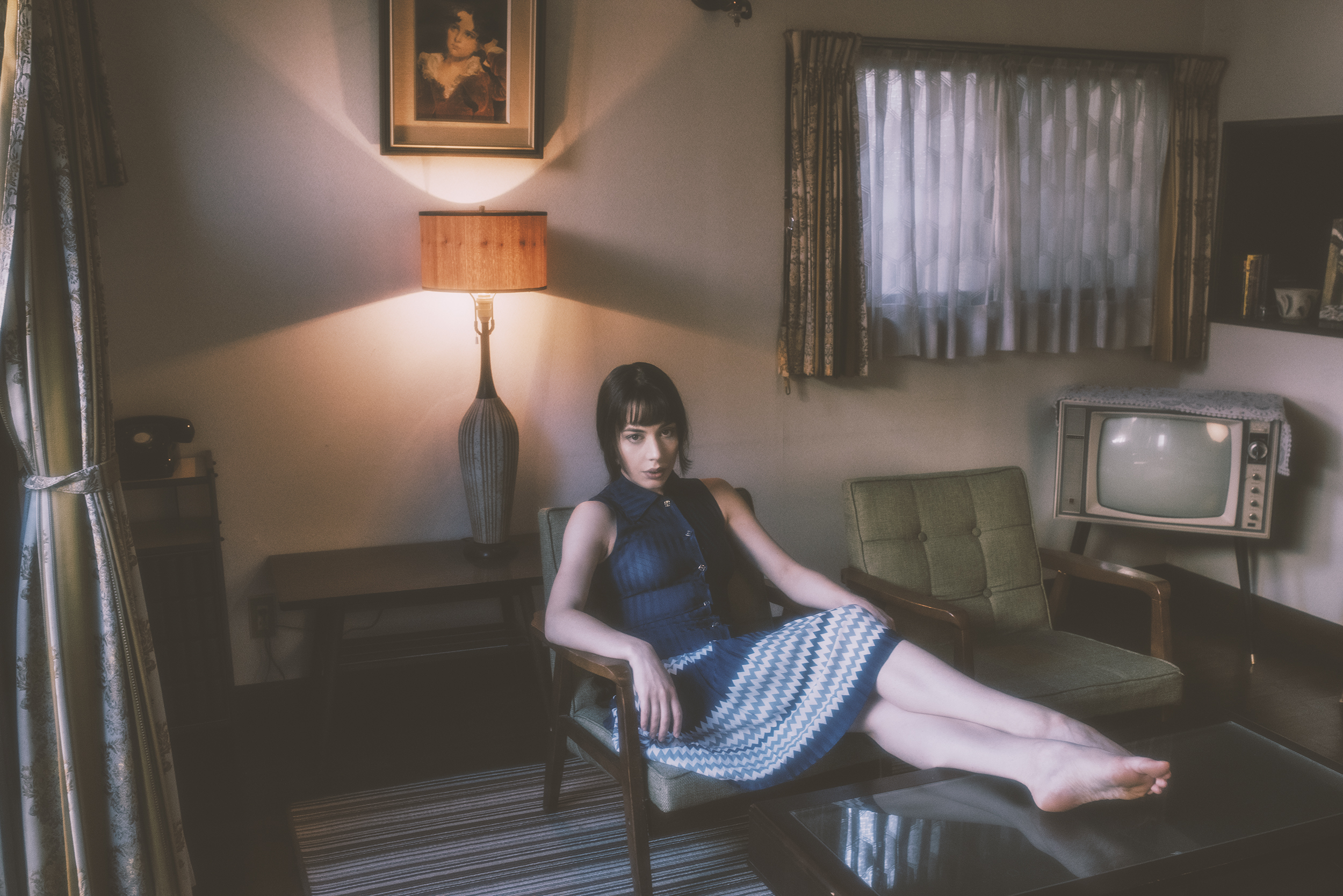 Gestalta photographed by Shuji Kobayashi. Picture of girl in blue dress in a vintage style room