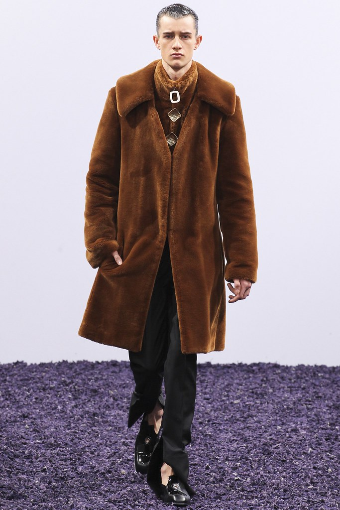 FW15 London J.W. Anderson010_Luke Glazsher(VOGUE)