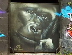 Bordeaux sous les bombes, graffitis caserne Niel