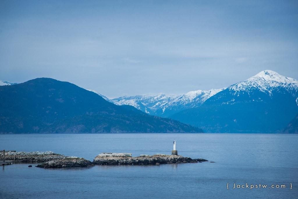 bc ferry 出港的燈塔