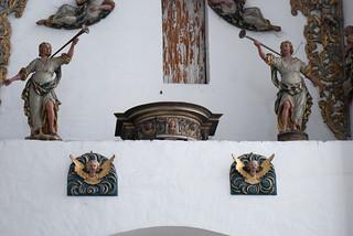Angelic heralds