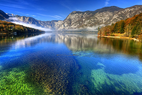 morning autumn lake alps slovenia slovenija bohinj slovenie