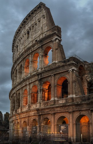 roma rome italy italia colosseum coliseum amphitheatrumflavium amphitheatrum anfiteatroflavio colosseo flavianamphitheatre stones travertine travertino evening bluehour hdr nikon d5100 qtpfsqui mantiuk06 fattal reinhard05 memories recycle architecture historicalbuilding anfiteatro amphitheatre alamy stockphotos