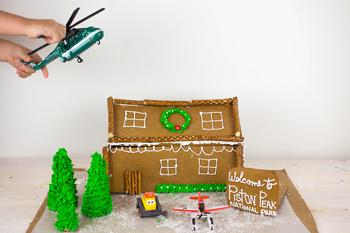 Planes Fire and Rescue Gingerbread House-7