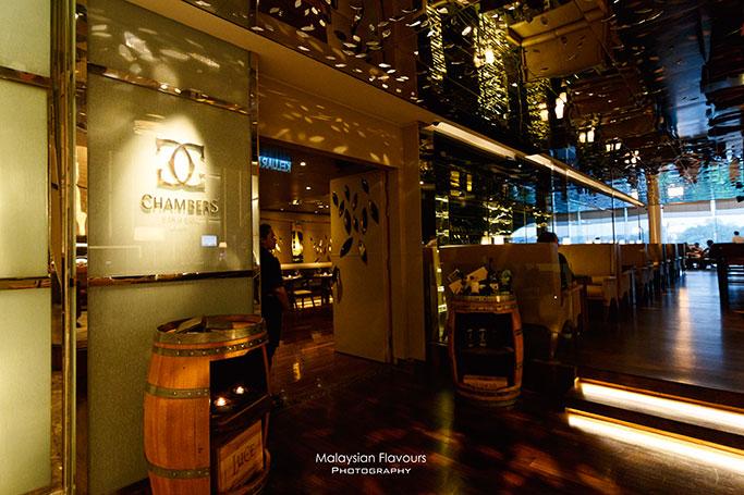 chambers-bar-grill-hilton-kuala-lumpur-hotel