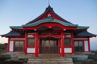 129 Tempeltje op mt Komagatake