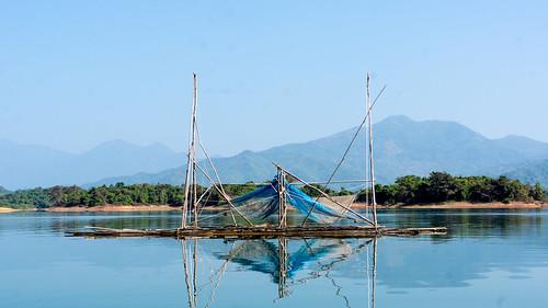 lake fishing platform laos vientiane namngum