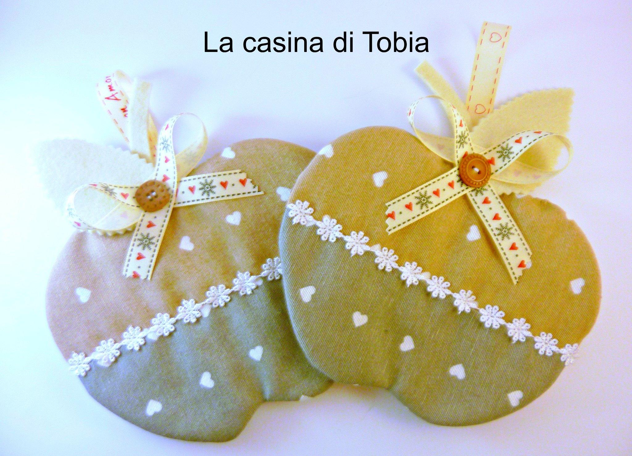 presine cucina handmade personalizzate cuori e passamaneria di La Casina di Tobia