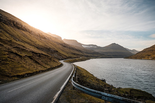 road travel light sunset sea summer mountains clouds dusk fjord fo faroeislands eysturoy fujinonxf14mmf28 fujixpro2