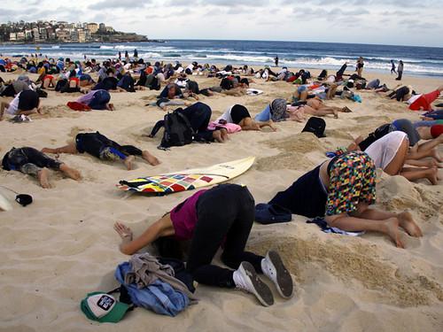 Закопали голови в пісок