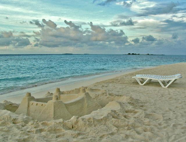 Sandcastle at Maldives Vilureef