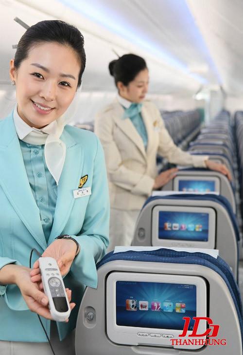 Đồng phục tiếp viên hàng không các nước, hãng ĐẸP nhất 4