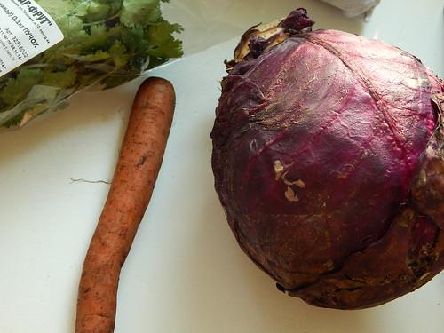 кочан, морковка и кинза