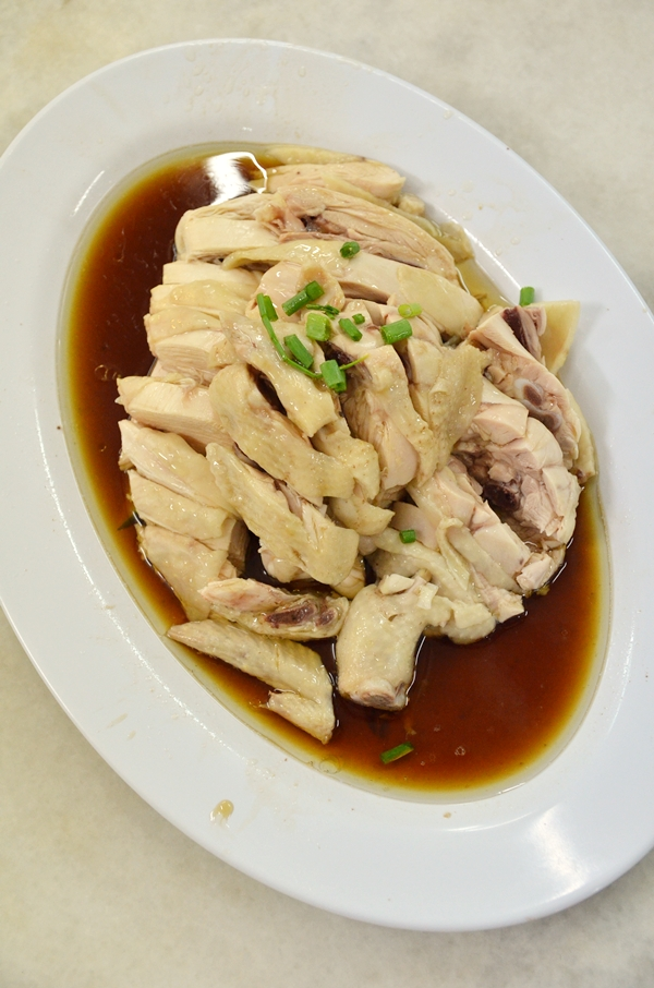 Poached Chicken with Soy Sauce and Oil