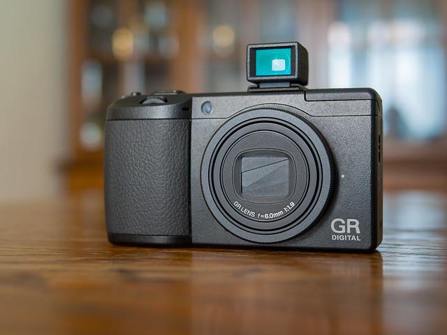 Ricoh GR Digital 3 & GV-2 optional viewfinder